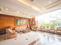 鎮寶大飯店-沙發區