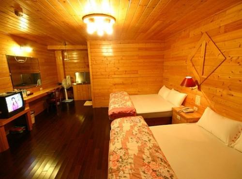 家庭式木屋四人房