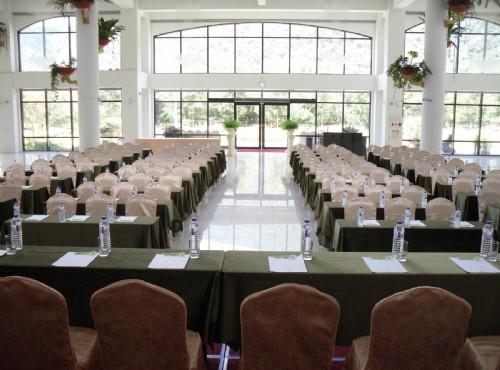南方花园宴会厅-会议场景