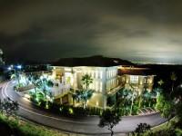 雲登景觀飯店-外觀夜景