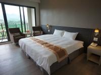 Renyi Lake Hotel