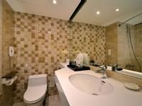華園飯店-豪華家庭房 浴室