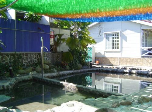 別墅區泡湯池