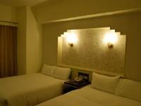 巴黎香舍大飯店-標準四人房