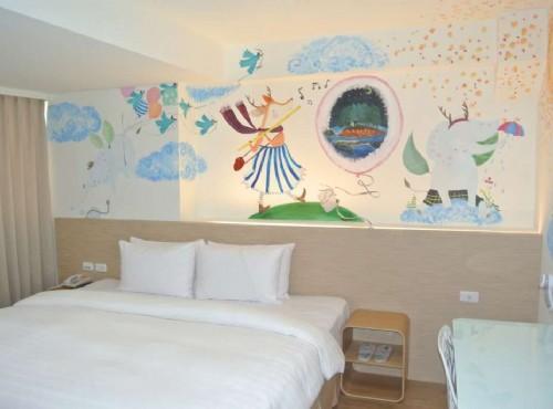 各式彩繪房