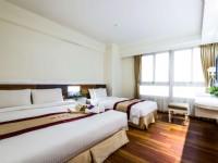 九福大飯店-雅致三人套房(有客廳)