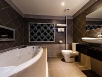 日光河堤旅店-按摩浴缸
