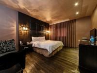 日光河堤旅店-