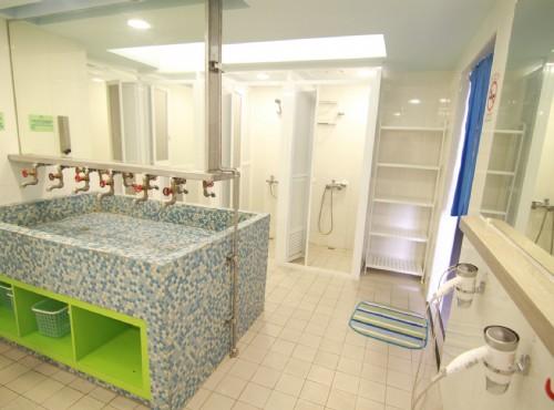 男用公共衛浴