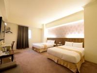 皇家尊龙大酒店-