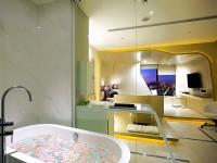 85家莉莉主題旅宿-沙巴風情2人-豪華街景有浴缸