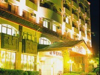 亞灣飯店-飯店外觀夜景