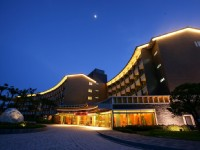 鹿鳴溫泉酒店-外觀夜景