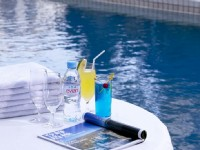 國賓大飯店-游泳池