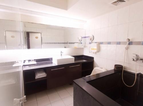 美滿雙人房浴室